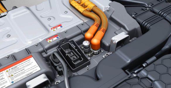 Batterieanschluss: Strengste Sicherheitsstandards bei allen Hochvolt-Bauteilen