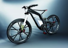 CFRP racer on two wheels – the Audi e-bike Wörthersee weighs just eleven kilograms without its electrical components.