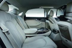Große Klasse: Rear Seat Entertainment im Audi A8