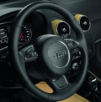 Multifunktionslenkrad im Audi A1: Tasten und Wippen für einfache Bedienung