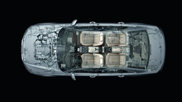 Audi A8: Das Bordnetz ist komplex, baut aber trotzdem leicht...