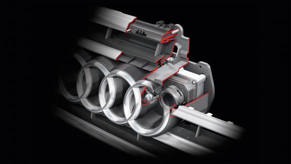 Versteckte Kamera: Die Optik des Systems sitzt hinter dem linken Audi-Ring
