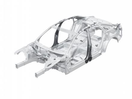 Audi A8: B-Säulen aus formgehärtetem Stahl in der Fahrgastzelle