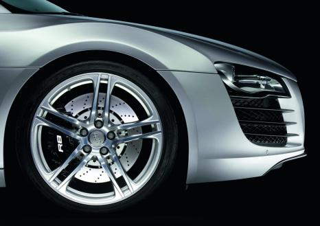 Audi R8: 19-Zoll-Rad im Fünf-Doppelspeichen-Design